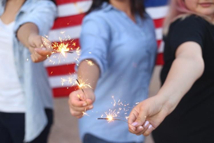 sparklers-828570_960_720